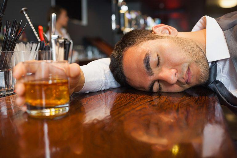 Embriaguez, seguro de vida e seguro de veículo VS a obrigação de indenizar